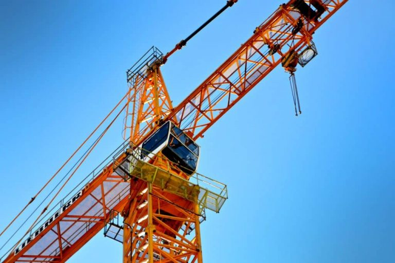 http://yellow%20crane%20view%20from%20the%20ground%20looking%20up%20to%20the%20sky